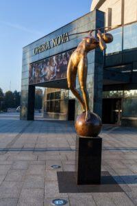 Łuczniczka Nova przy Operze w Bydgoszczy
