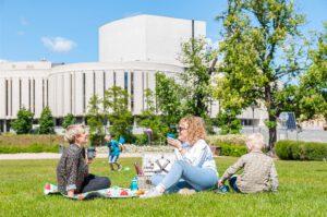 Piknik na Wyspie Młyńskiej w Bydgoszczy