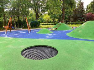 Plac zabaw w Parku im. Wincentego WItosa