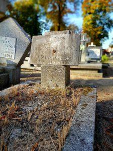 Grób Władysława Pacierkiewicza na Cmentarzu Starofarnym